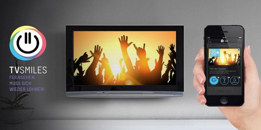 Schaut TV, nutzt TV Smiles und kassiert Preise ab